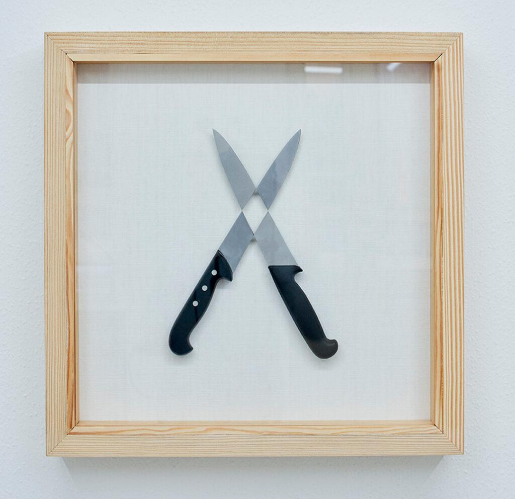 cross blades bearbejdede universalknive, universallim, hørlærred fra ca. år 1900, Boksramme af douglas.
